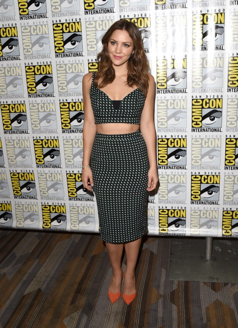 katharine_mcphee_scorpion_presentation_at_comic_con_in_san_diego_july_9_2015