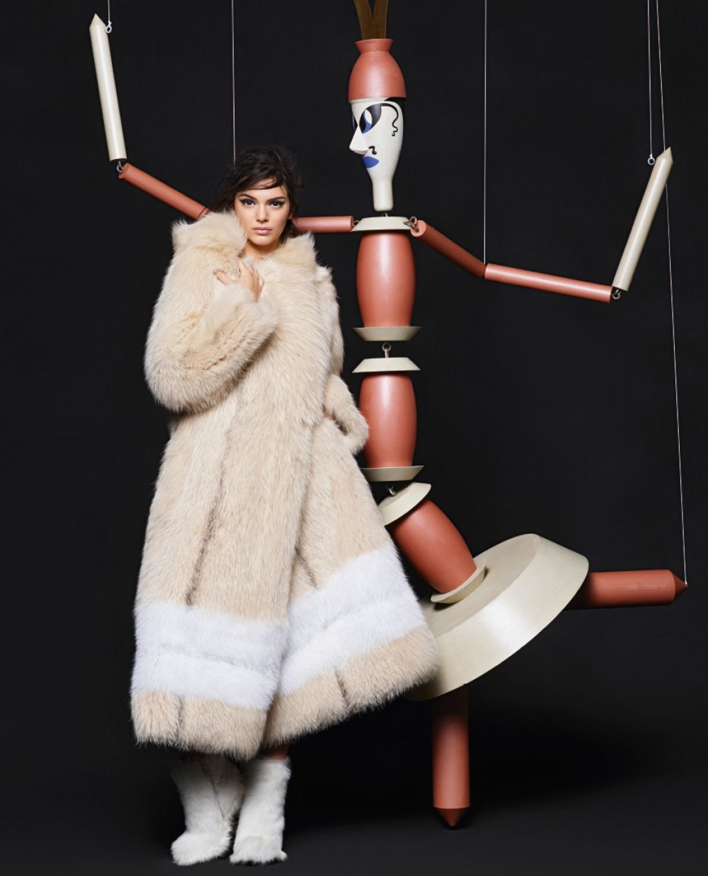 kendall-jenner-fendi-fall-winter-2015-ad-campaign_10