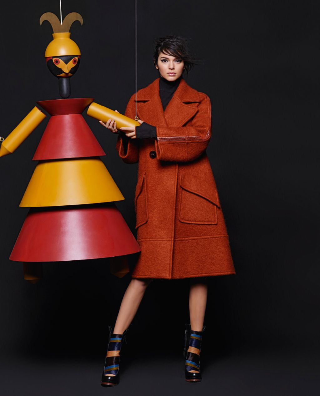 kendall-jenner-fendi-fall-winter-2015-ad-campaign_4
