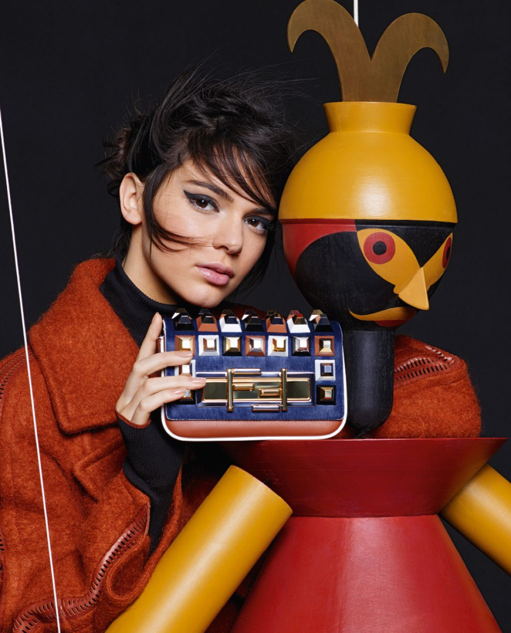 kendall-jenner-fendi-fall-winter-2015-ad-campaign_5