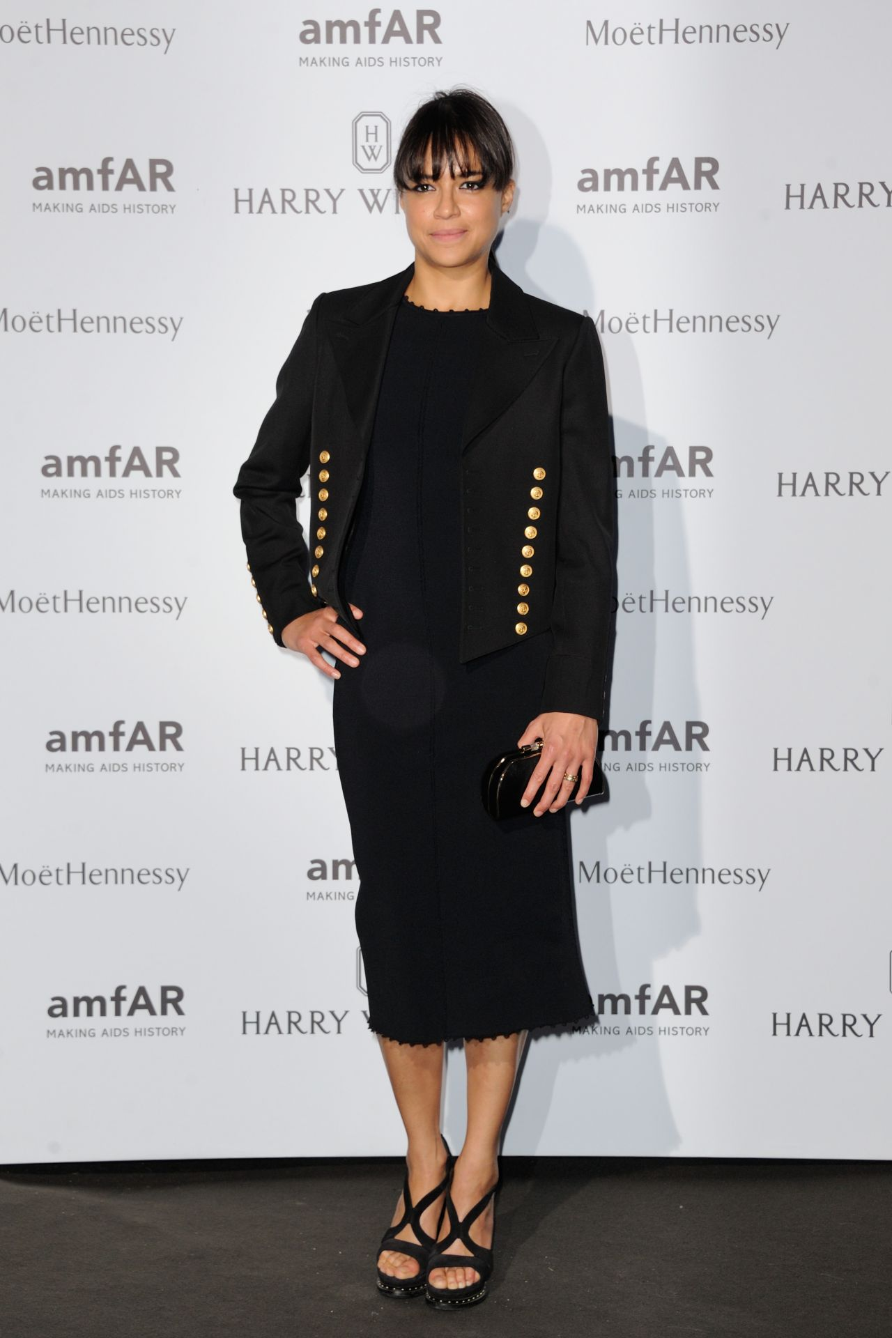 michelle-rodriguez-on-red-carpet-amfar-dinner-in-paris-july-2015_1