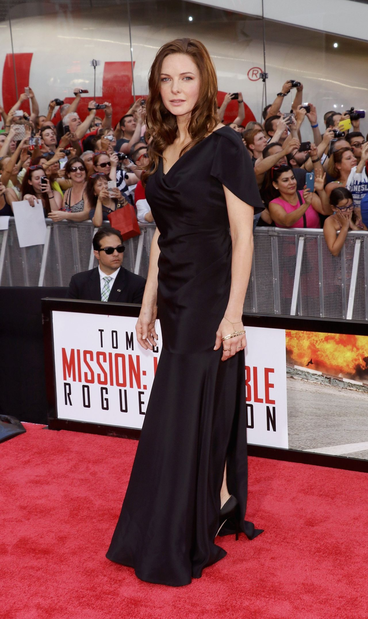 rebecca-ferguson-in-vivienne-westwood-mission-impossible-rogue-nation-new-york-premiere/