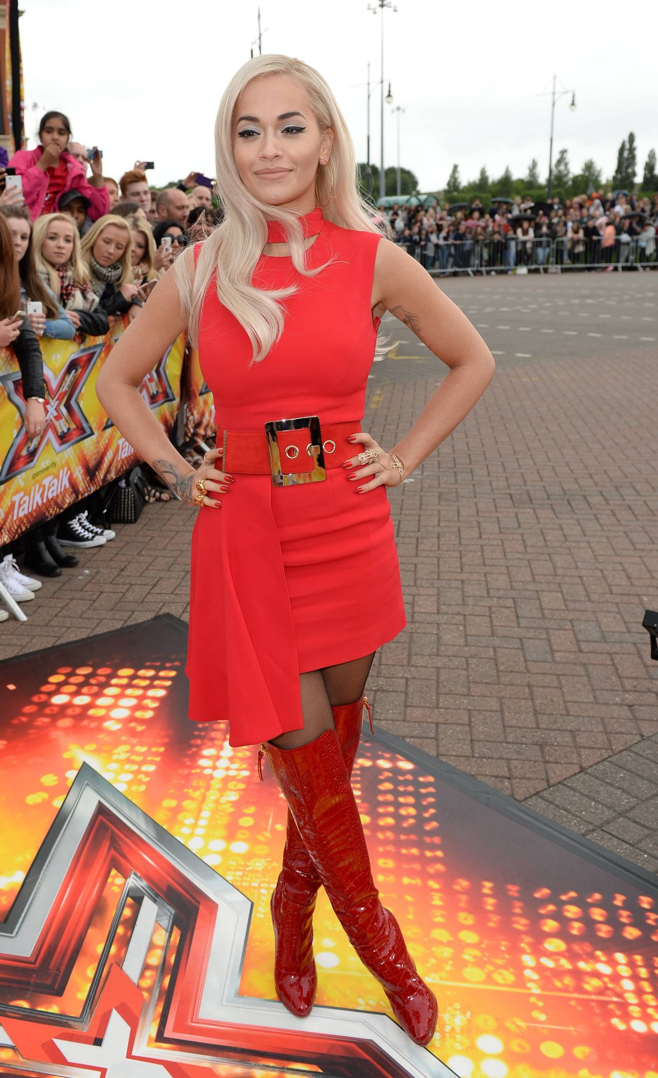rita-ora-in-versace-x-factor-manchester-auditions
