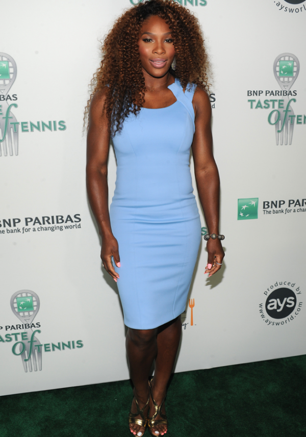 serena-williams-pastel-trend-fashion-celebrity-style-pictures-23-08-2013-png_135