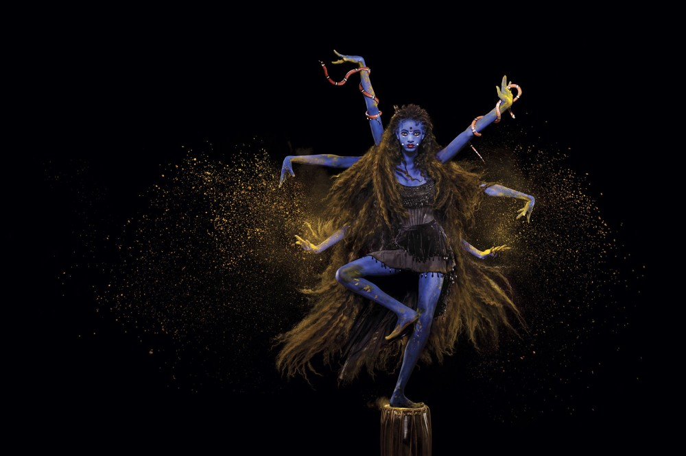 oprah-winfrey-mariah-carey-willow-smith-katy-perry-harpers-bazaar-september-2015-fbd6