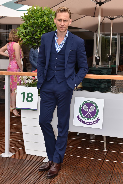 tom-hiddleston-in-ralph-lauren-wimbledon-tennis-championships-at-wimbledon