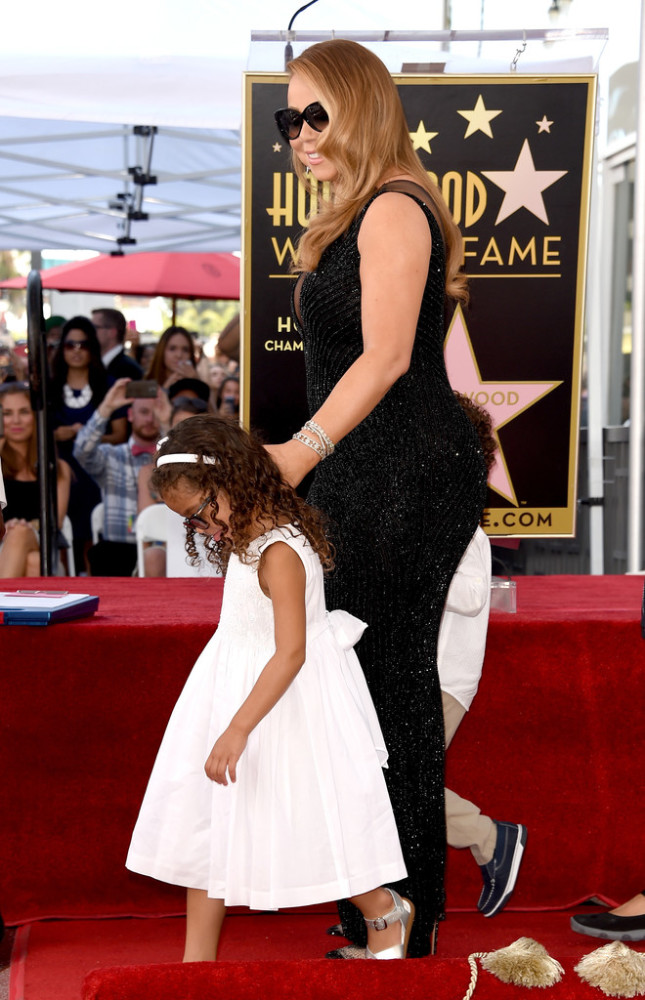 Mariah-Careys-Hollywood-Walk-of-Fame-Yousef-Aljasmi-Black-Sequined-Gown-645x1000