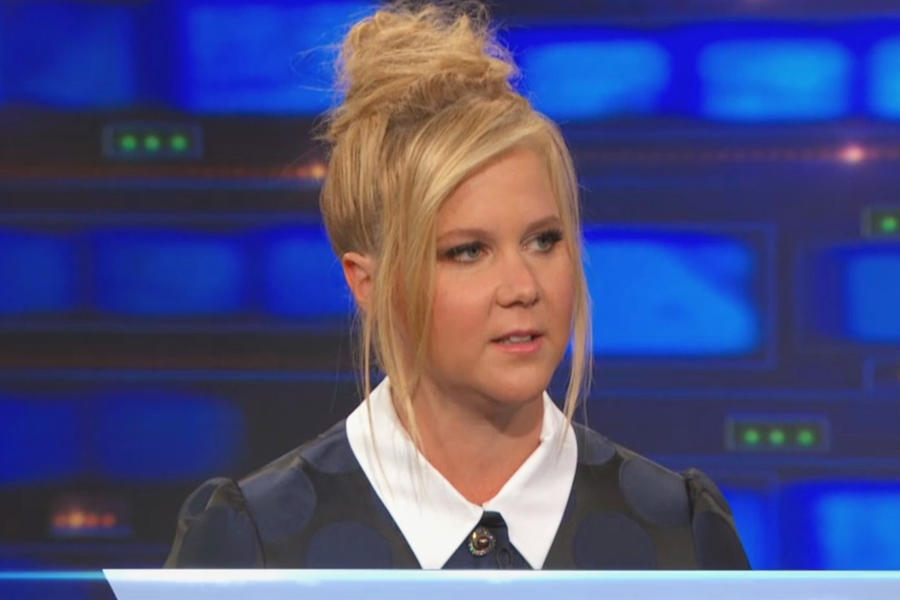 amy-schumer-in-no21-the-daily-show-with-jon-stewart