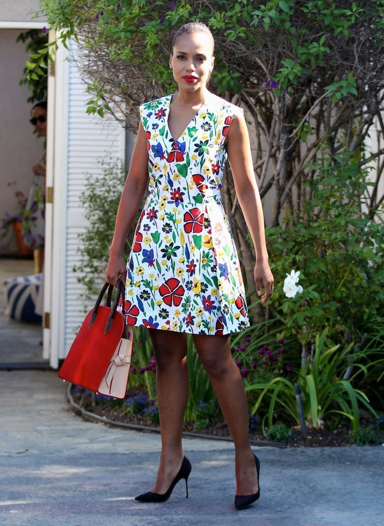 Kerry-Washingtons-Jennifer-Kleins-Day-Of-Indulgence-Summer-Party-Suno-Pre-Fall-2015-Floral-Dress