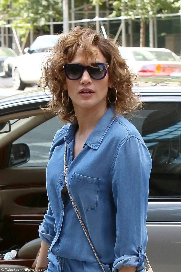 jennifer-lopez-in-romper-out-in-new-york