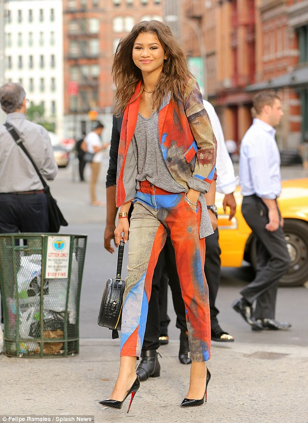 zendaya-coleman-in-vivienne-westwood-anglomania-out-in-new-york-city
