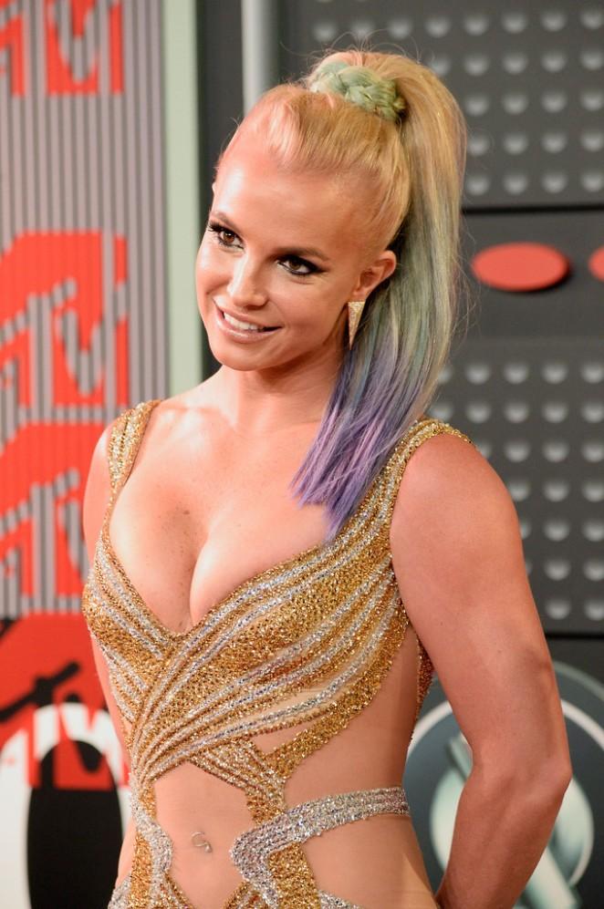 Britney-Spears--in-Labourjoisie-2015-MTV-Video-Music-Awards--
