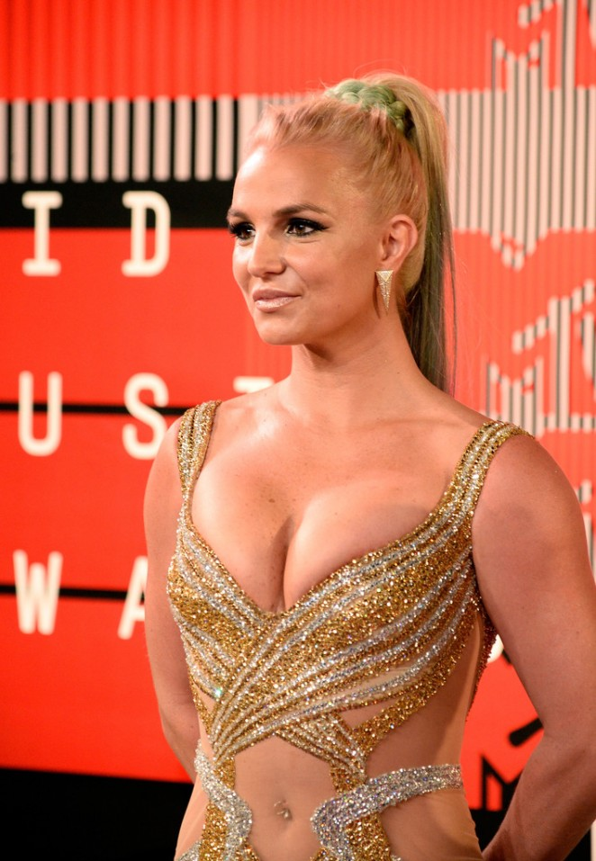Britney-Spears--in-Labourjoisie-2015-MTV-Video-Music-Awards--