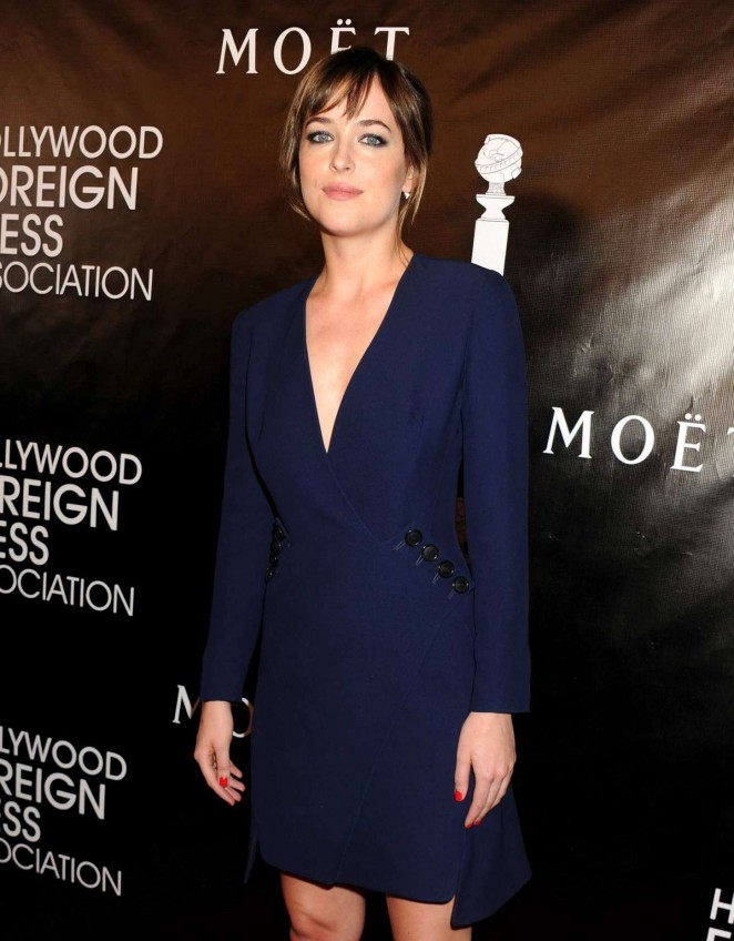 dakota-johnson-in-christian-dior-hfpa-annual-grants-banquet