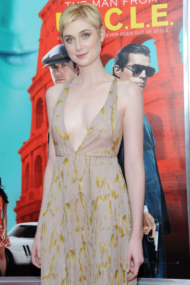 elizabeth-debicki-in-valentino-the-man-from-u-n-c-l-e-new-york-premiere