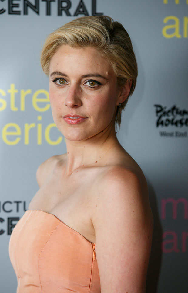 greta-gerwig-in-rosie-assoulin-mistress-america-london-photocall-at-mistress-america-london-photocall