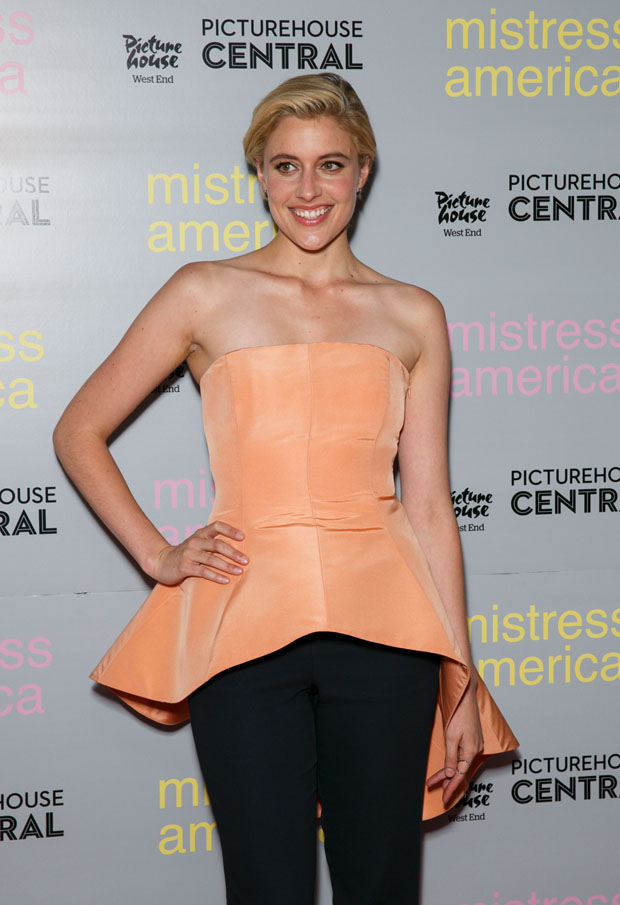 greta-gerwig-in-hellessy-mistress-america-london-photocall