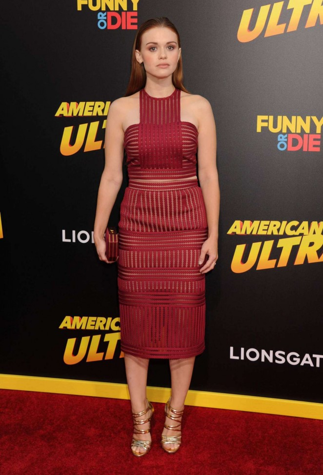 holland-roden-in-self-portrait-american-ultra-la-premiere