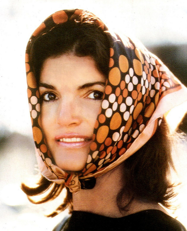 Jacqueline_Kennedy_Onassis_Scarf
