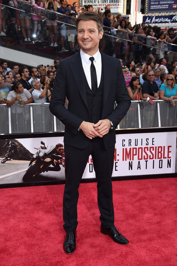 Jeremy-Renner-Mission-Impossible-Rogue-Nation-New-York-Premiere-2015-Picture