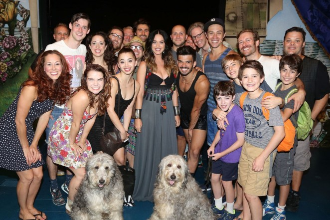 Katy-Perry--Finding-Neverland-on-Broadway--01-662x441