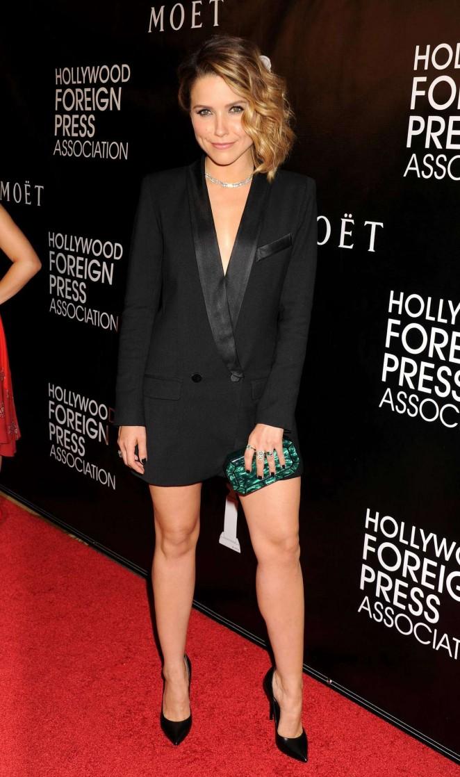 Sophia-Bush--HFPA-Hosts-Annual-Grants-Banquet-2015--07-662x1118