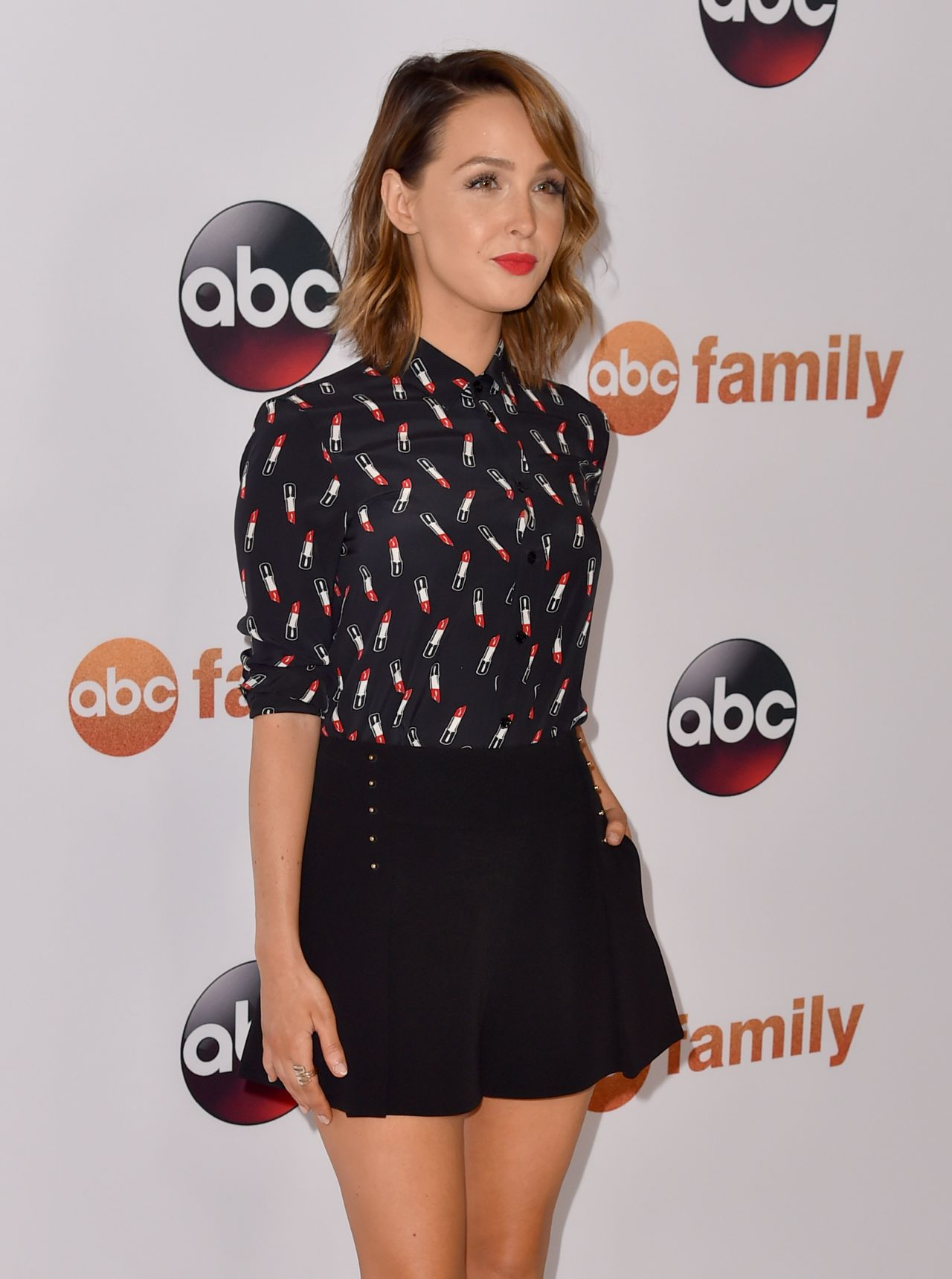 camilla-luddington-disney-abc-2015-summer-tca-press-tour-photo-call-in-beverly-hills_3
