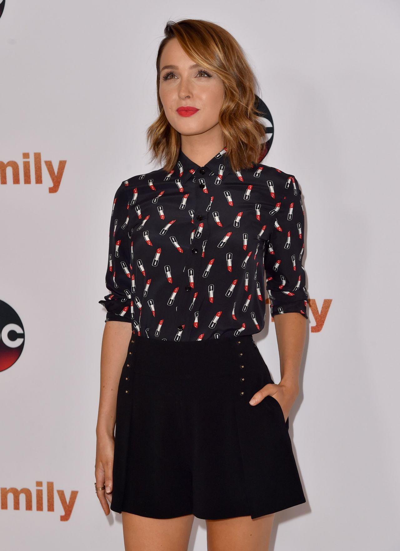 camilla-luddington-disney-abc-2015-summer-tca-press-tour-photo-call-in-beverly-hills_5