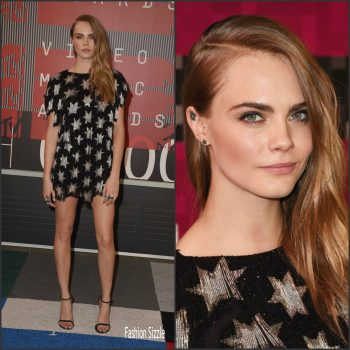 cara-delevingne-in-saint-laurent-2015-mtv-video-music-awards-in-los-angeles