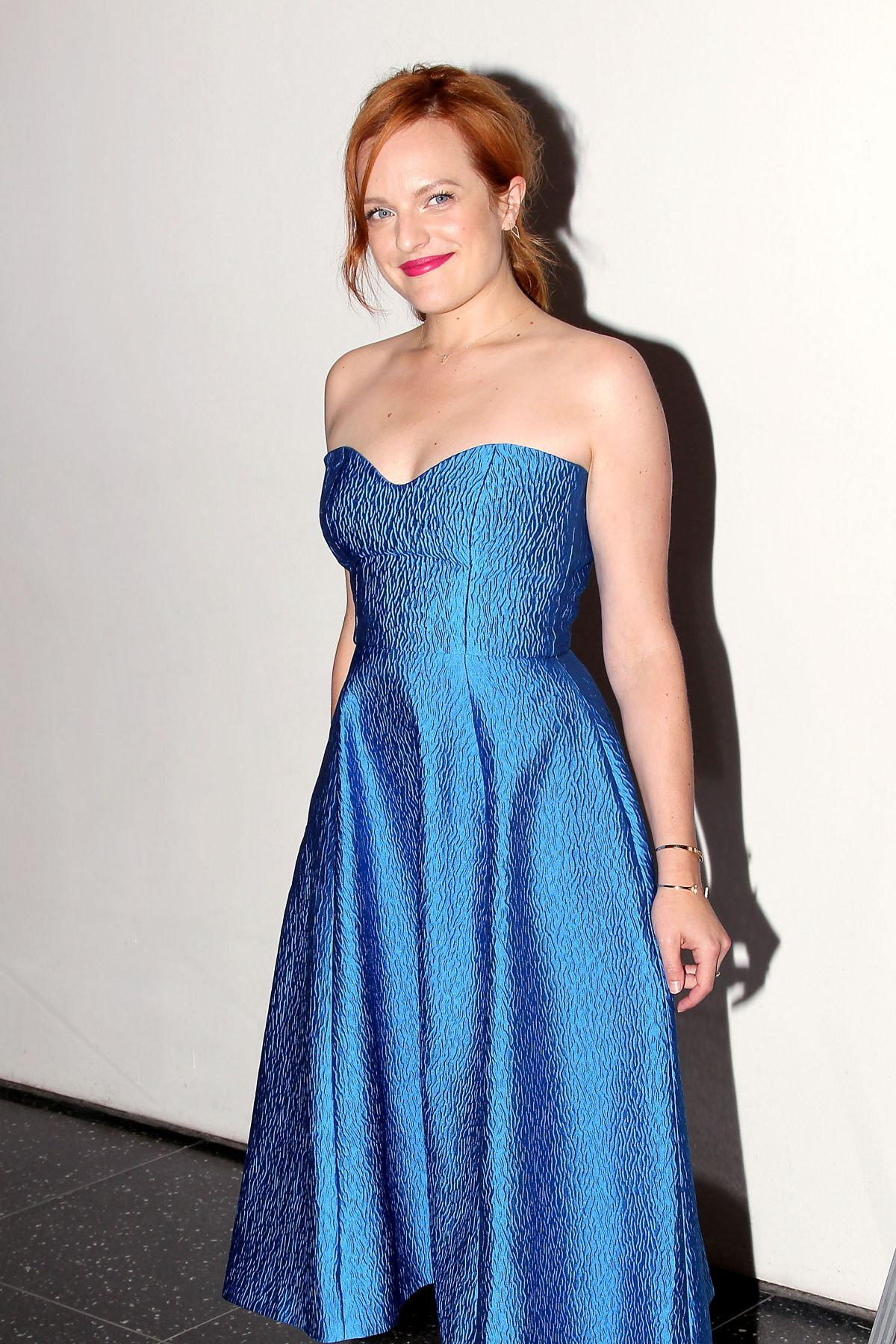 elisabeth-moss-at-queen-of-earth-premiere-in-new-york_1