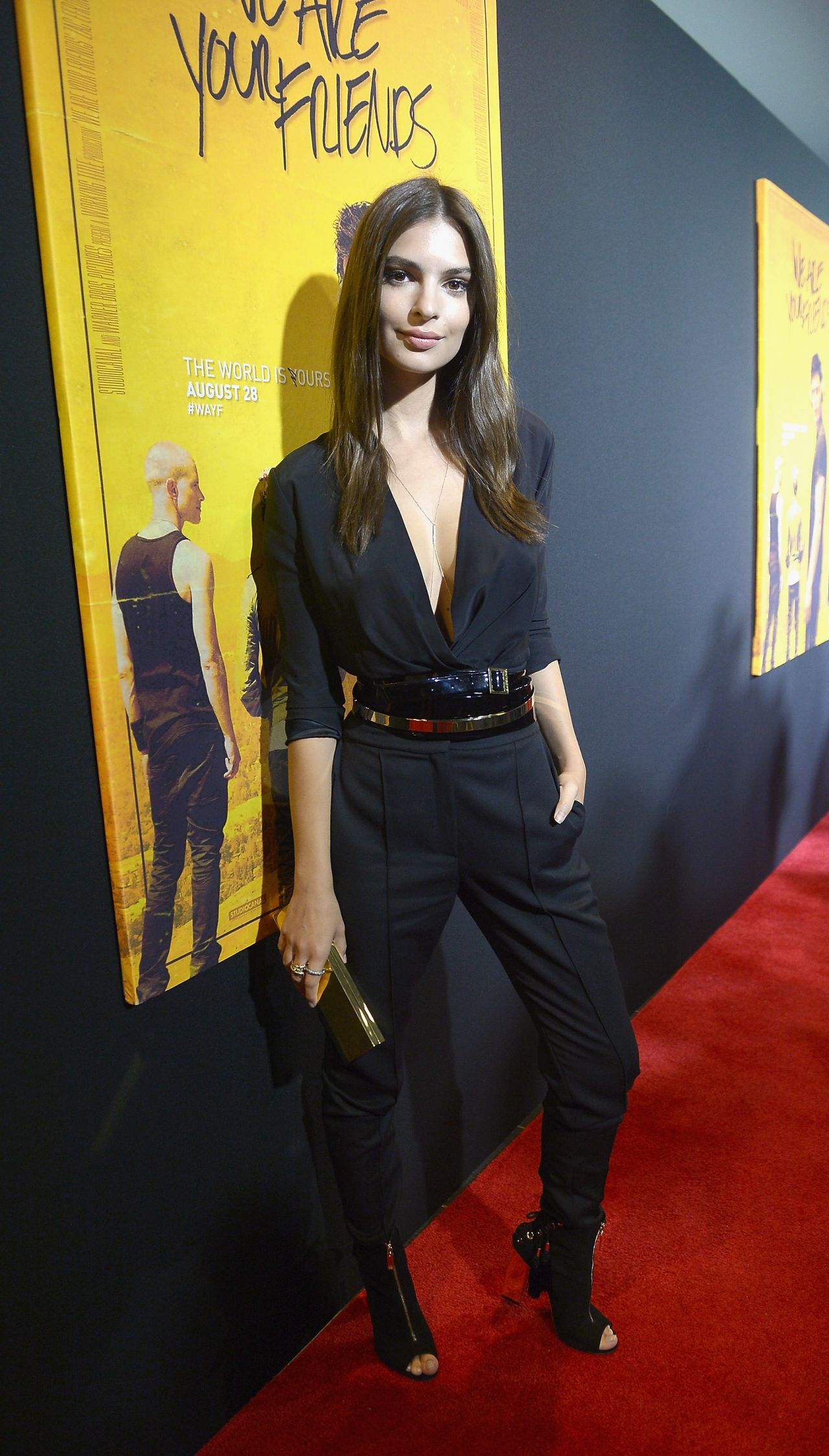 emily-ratajkowski-in-alexandre-vauthier-couture-at-the-we-are-your-friends-screening