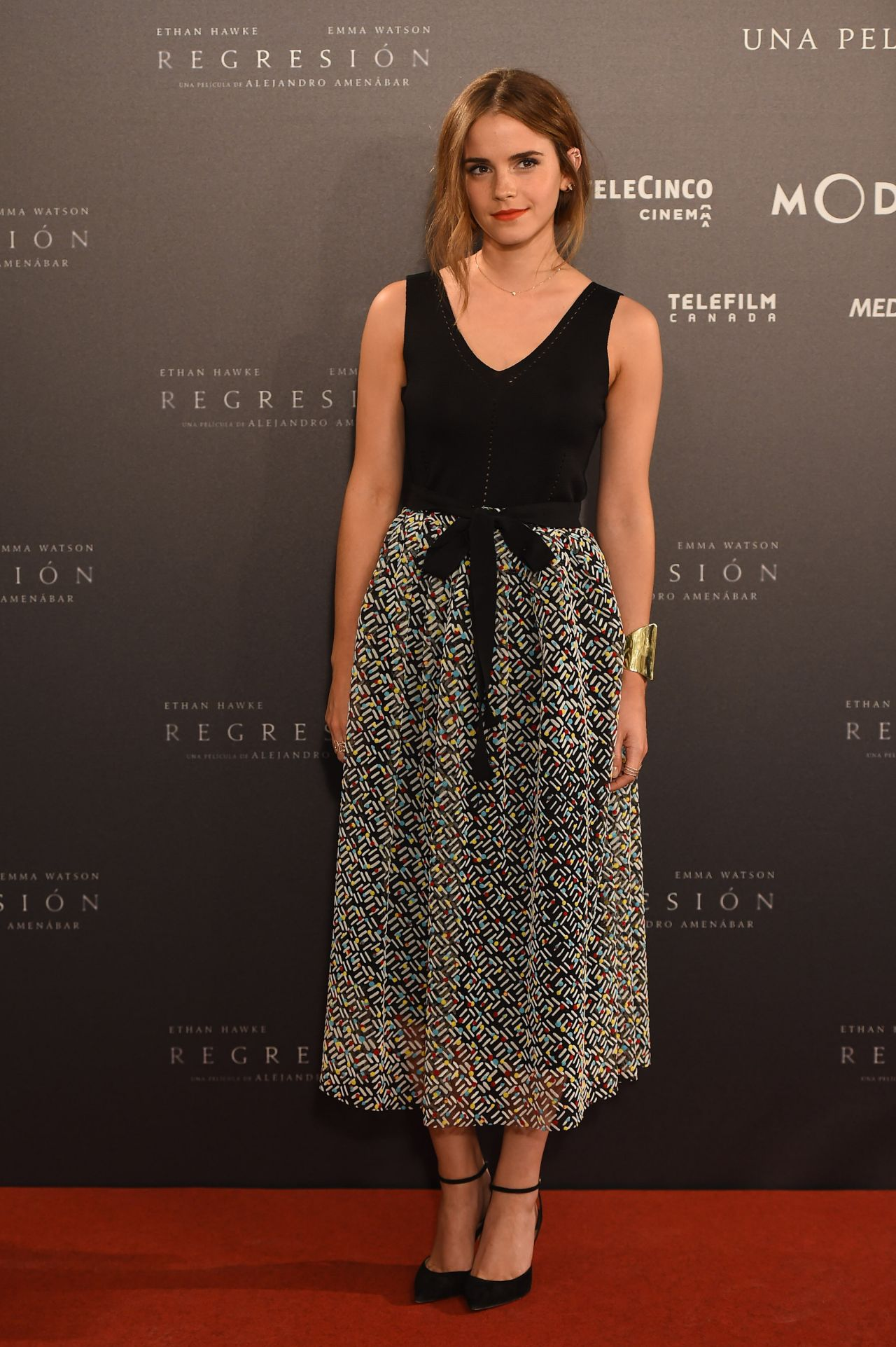 /emma-watson-in-christopher-kane-regression-madrid-photocall