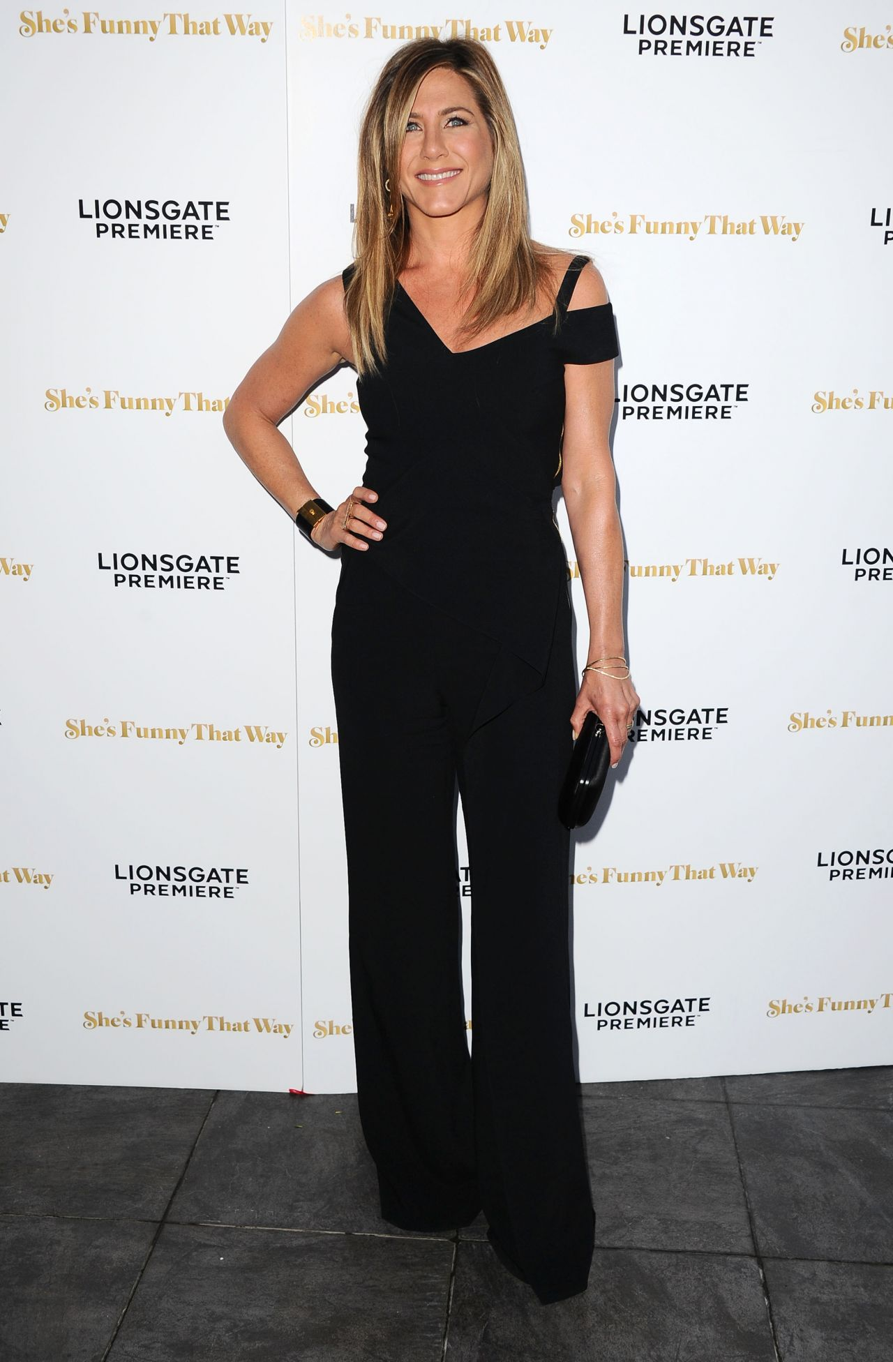 jennifer-aniston-in-roland-mouret-shes-funny-that-way-la-premiere