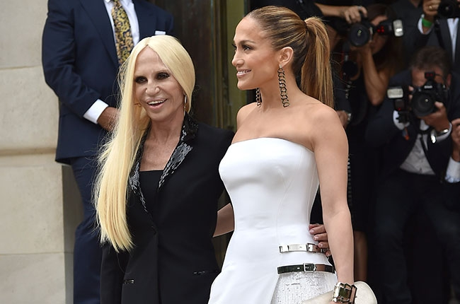 jennifer-lopez-donatella-versace-paris-fashion-week-billboard-2014-650x430