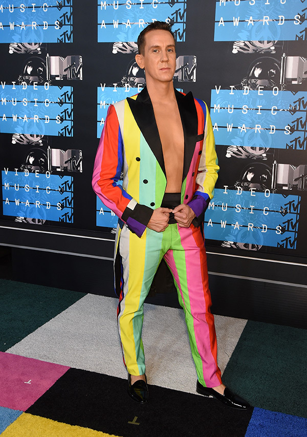 jeremy-scott-mtv-vmas-2015-video-music-awards
