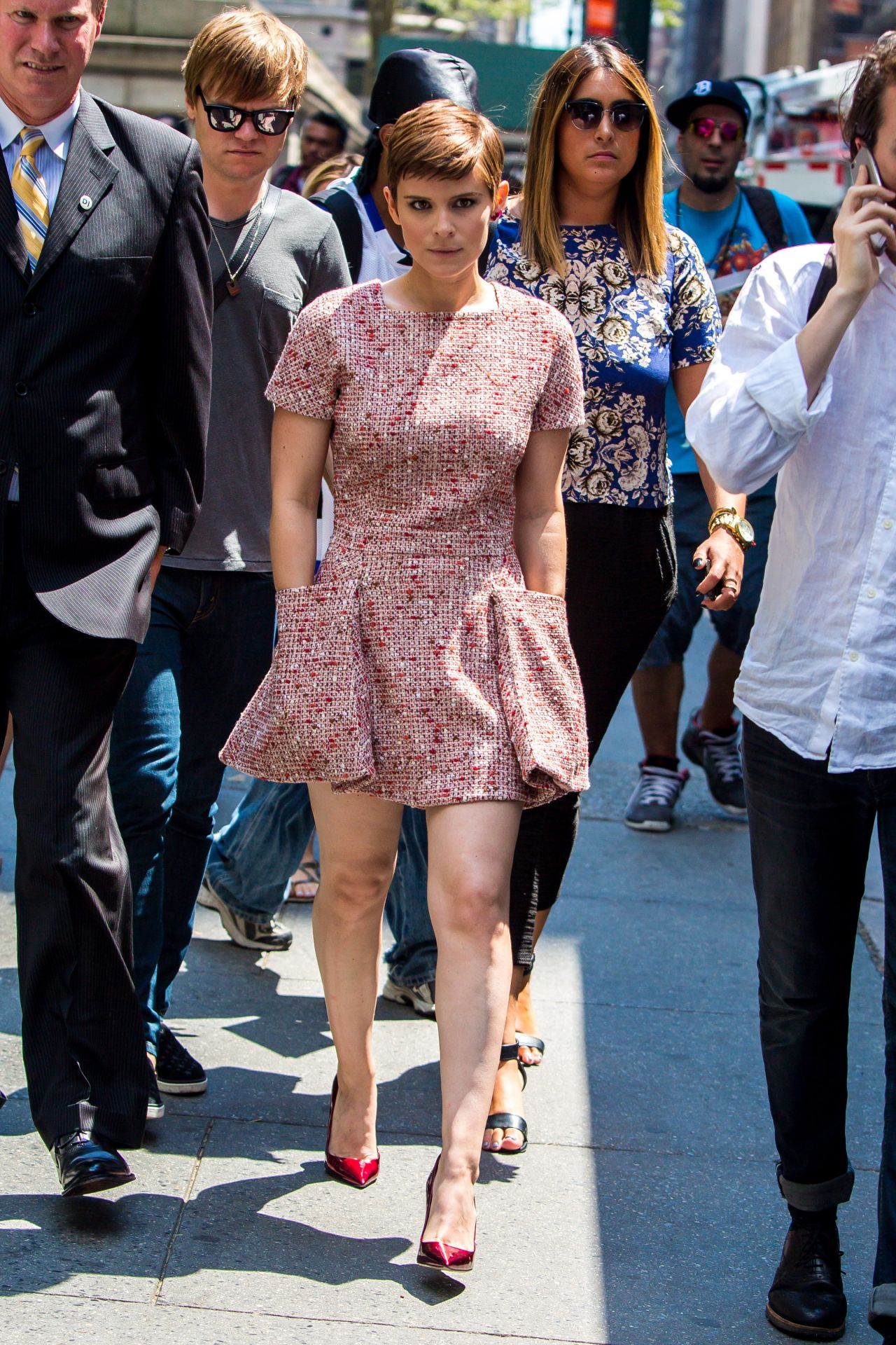 kate-mara-style-out-in-new-york-city-august-2015_5