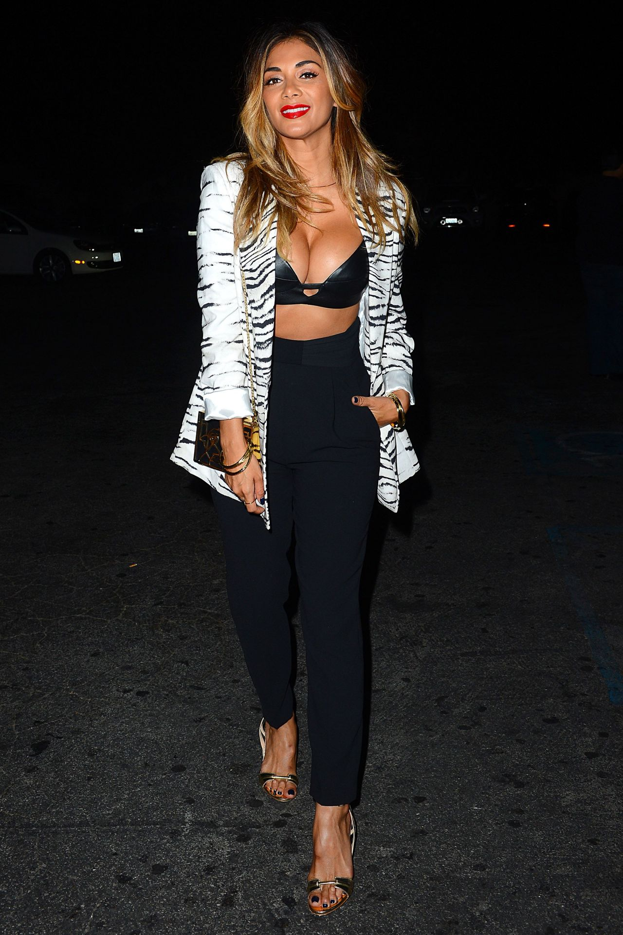 nicole-scherzinger-just-jared-s-way-to-wonderland-in-west-hollywood-august-2015_12
