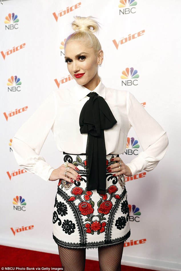 gwen-stafani-in-dolce-gabbana-the-voice-press-conference