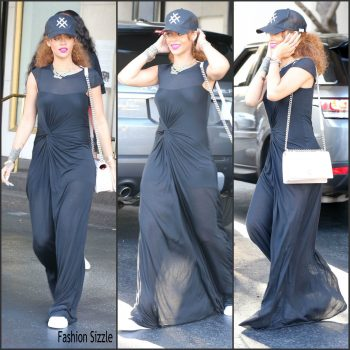 rihanna-out-shopping-in-beverly-hills