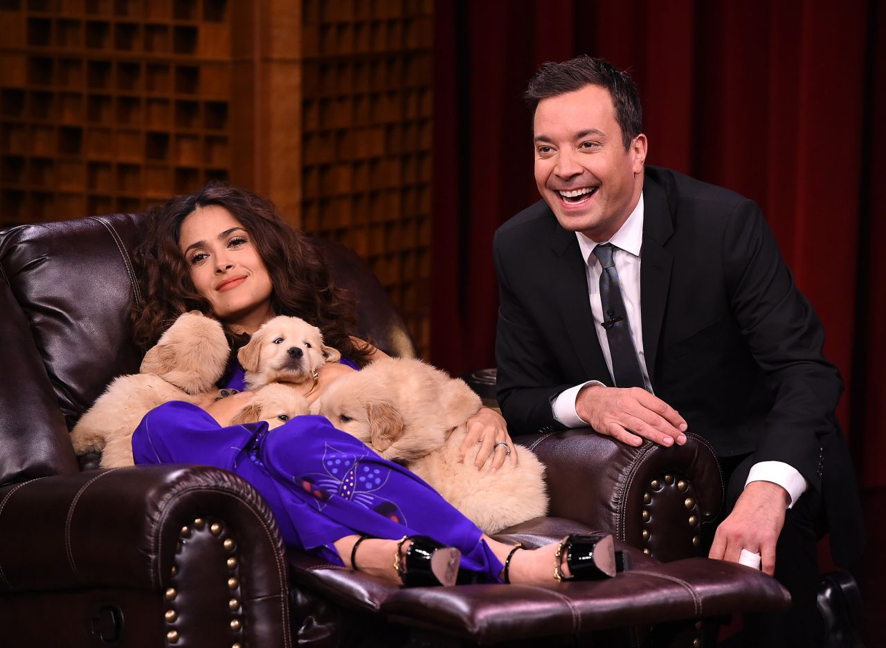 salma-hayek-the-tonight-show-with-jimmy-fallon-august-2015_8