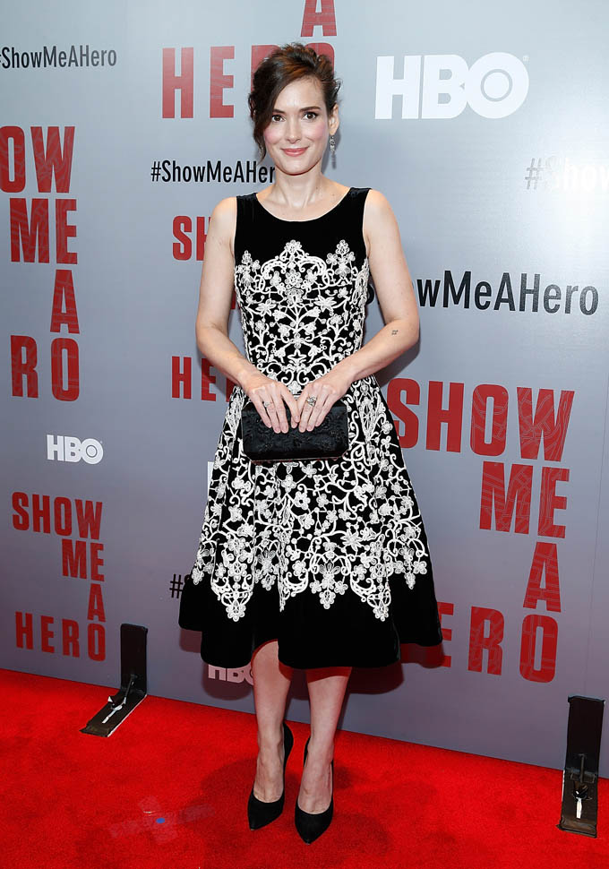 winona-ryder-in-oscar-de-la-renta-show-me-a-hero-new-york-screening