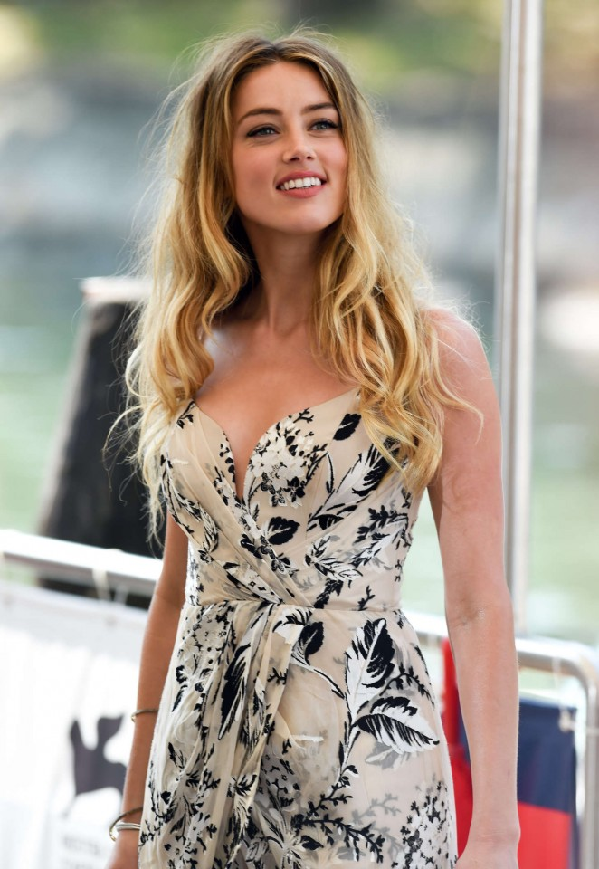 Amber-Heard--Photocall-at-72nd-Venice-Film-Festival