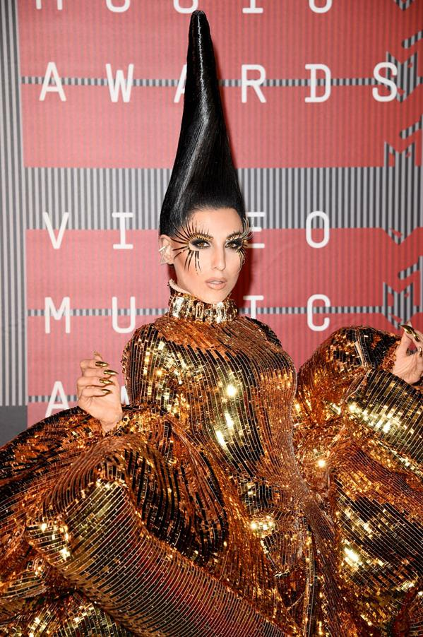 z-lala-in-christian-dior-couture-by-john-galliano-2015-mtv-video-music-awards-vmas