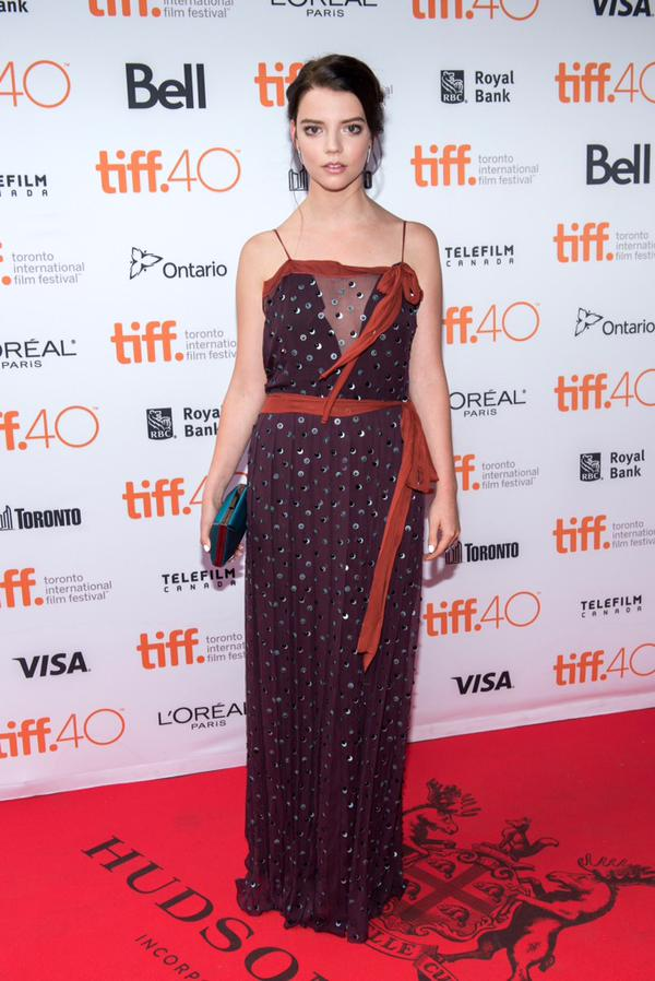 anya-taylor-joy-in-prada-the-witch-toronto-film-festival-premiere