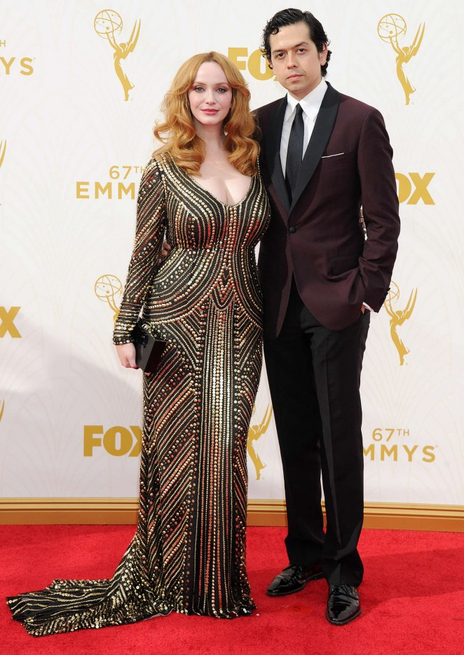 Christina-Hendricks--2015-Emmy-Awards--01-662x935