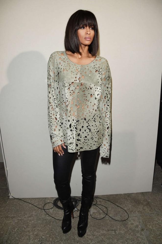 Ciara--Roberto-Cavalli-at-Milan-Fashion-Week-SS16--02-662x994