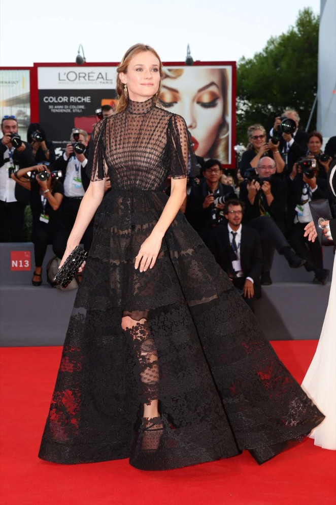 diane-kruger-in-valentino-couture-lao-pao-er-venice-film-festival-premiere-closing-ceremony