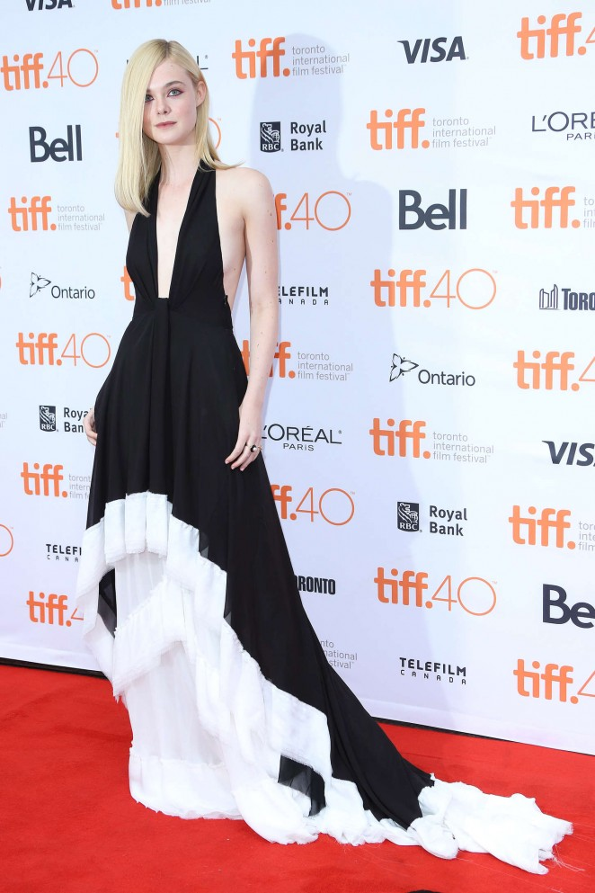 Elle-Fanning--About-Ray-Premiere-at-2015-TIFF--06-662x993