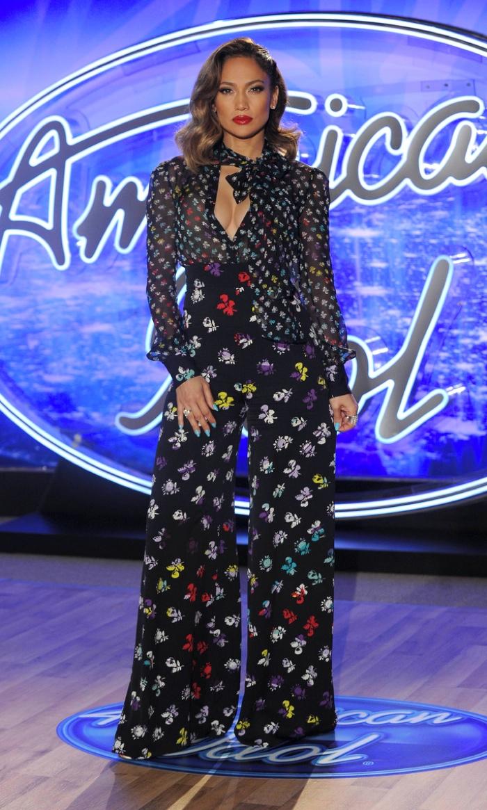 Jennifer-Lopez-American-Idol-Auditions-Diane-Von-Furstenberg-Print-Pant-Blouse01