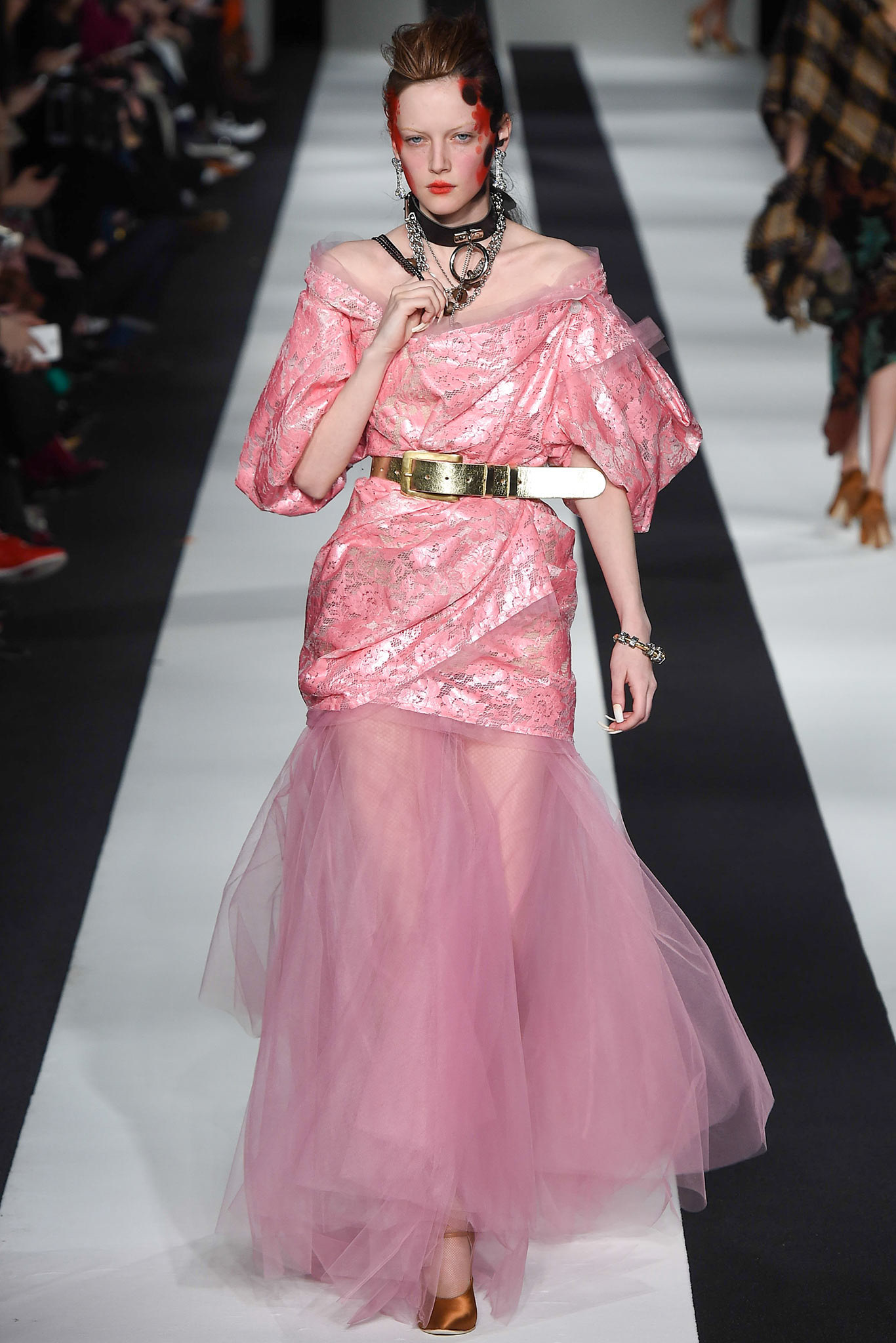 rihanna-in-vivienne-westwood-red-labe-riri-by-rihanna-fragrance-unveiling